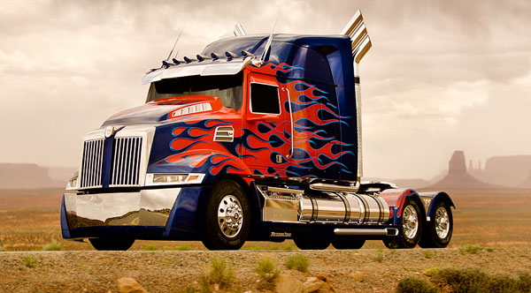 Optimus Prime as a shiny semi. When on the run, stay inconspicuous.